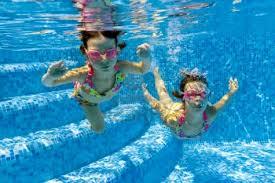 Larin cvilidreta - priča za djecu - plivanje