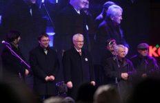 Ivo Josipović, Boško Perić, Vilim Matula, Bojan Glavašević, Predrag Matvejević, Stjepan Mesić (foto m.tportal.hr)