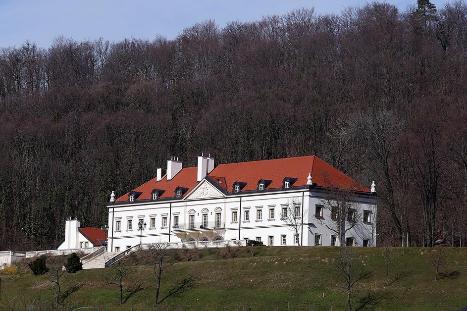 dvorac 7