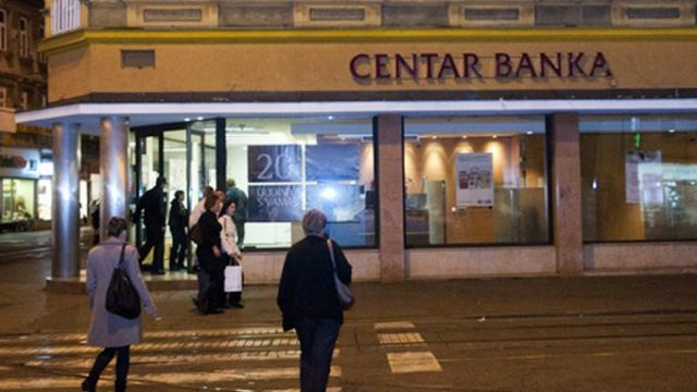CENTAR BANKA D.D. U STEČAJU