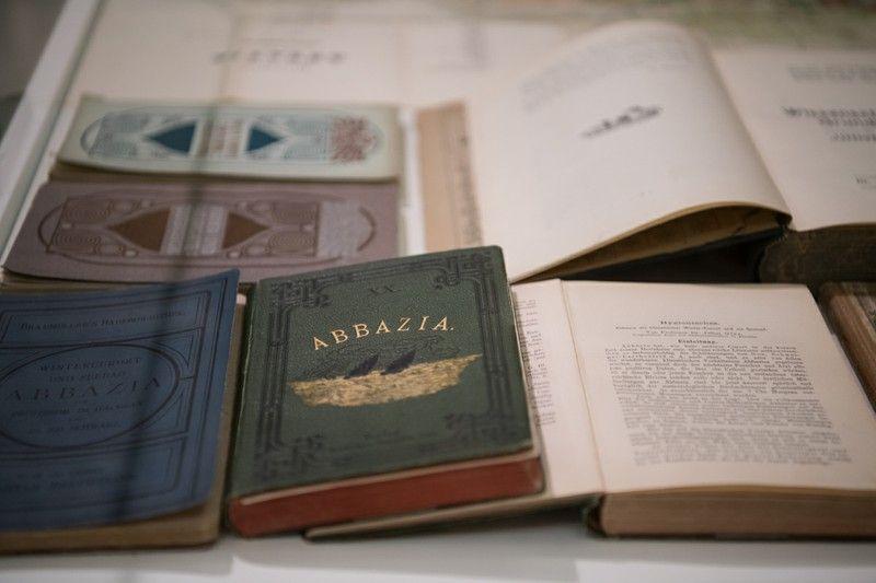 HRVATSKI MIUZEJ TURIZMA - 5 - knjižice doktora Juliusa Glaxa koji je začetnik lječilišnog i kupališnog turizma u Opatiji